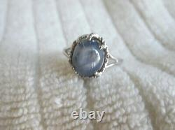 Gorgeous 14K White Gold Natural Blue/Gray Cabochon Sapphire Ring Size 7