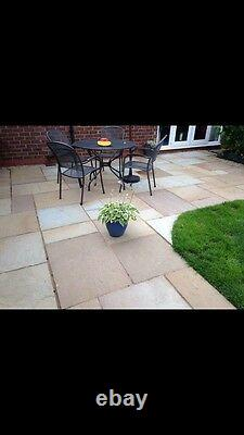 Natural paving stone (sold in crates of 19 sq mt per crate)