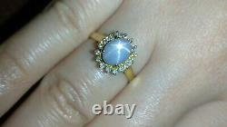 Solid 18k gold dainty star sapphire and diamond ring 3.23 grams sz 5.5