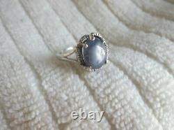Magnifique 14k White Gold Natural Blue/gray Cabochon Sapphire Ring Taille 7