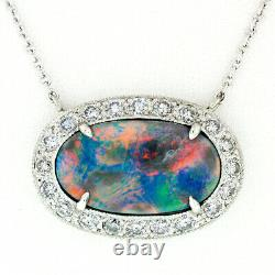Nouveau Platinum 6.4ctw Gia Oval Cabochon Fiery Gray Opal Round Diamond Halo Pendentif